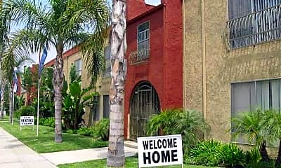 Downey Pointe Apartments, 1