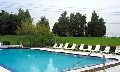 Pool, 135 Lakeside Dr, 2