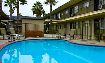 The Palms of La Mesa Apartments, 1