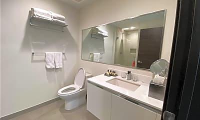 Bathroom, 777 N Ocean Dr N328, 2