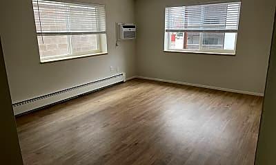 Living Room, 27 S Ogden St, 1