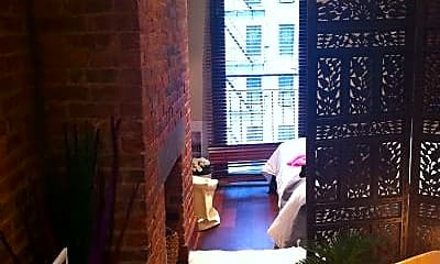 Bedroom, 515 E 5th St, 1