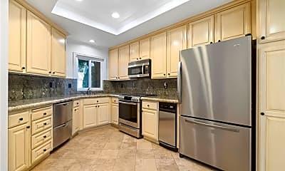Kitchen, 220 Hartford Dr 129, 1