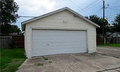 Building, 3530 S Alameda St, 2