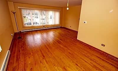 Living Room, 8465 W Berwyn Ave 1, 1