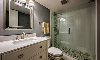 Bathroom, 901 Ocean Blvd 2, 2