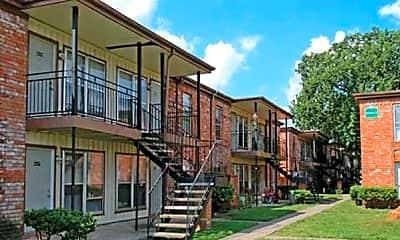 Building, Green Oaks Village, 0