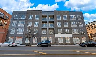 Building, 2217 W Madison St 208, 2