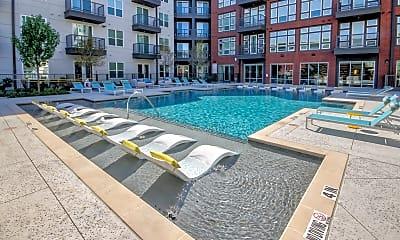 Pool, LYV Broadway, 1