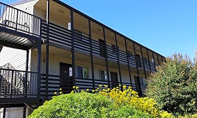 Reed College Birchwood Apartments, 0