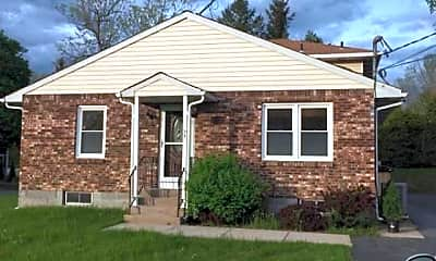 Building, 31 Scully Ave B, 1