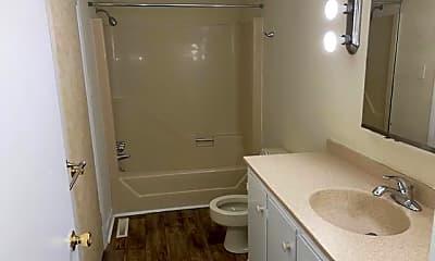 Bathroom, 209 S Meade St, 2