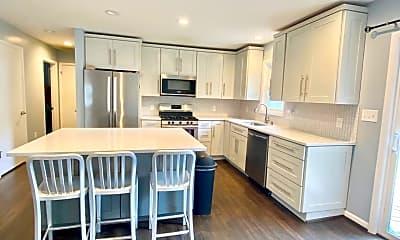 Kitchen, 3913 Decatur Ave, 1