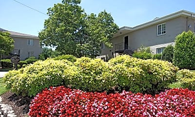 Building, Hermitage Garden Apartments, 0