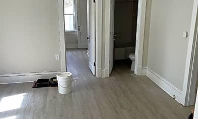 Bathroom, 714 Vine St, 1