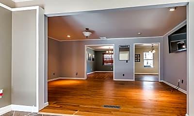 Living Room, 4505 N Virginia Ave, 1