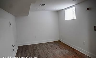 Bedroom, 2207 N Natrona St, 2