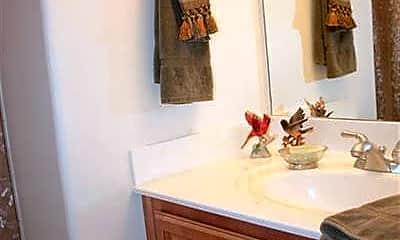 Bathroom, 404 Villa Park Pass, 2