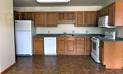 Kitchen, 970 Linden Dr, 2