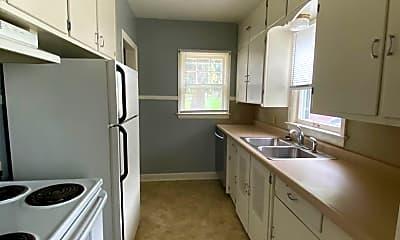 Kitchen, 815 Hammond Ave, 2