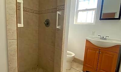 Bathroom, 2752 E 58th St, 2