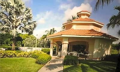 4005 Palm Tree Blvd 407, 1