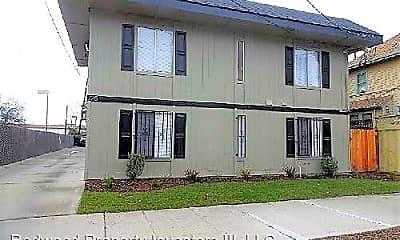 Building, 725 N San Joaquin St, 0
