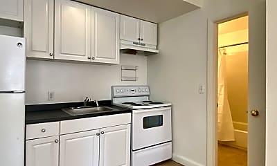Kitchen, 529 Beacon St, 1