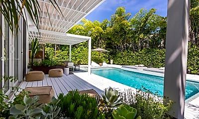 Pool, 3001 N Bay Rd, 0