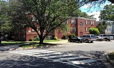 Parc Square Apartments, 1