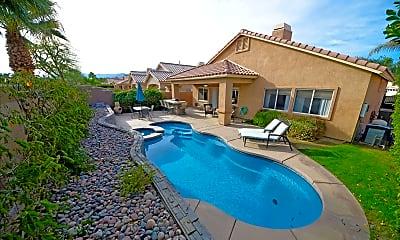 Pool, 45144 Big Canyon St, 0