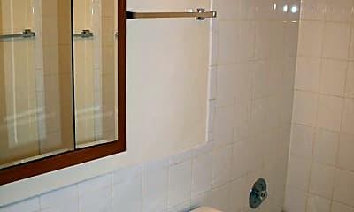 Bathroom, 13701 Wentworth Ave, 2