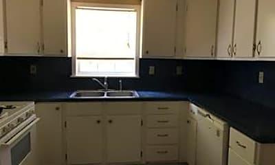 Kitchen, 1015 W Mims St, 2