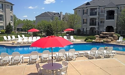 LaCrosse Apartments & Carriage Homes, 1