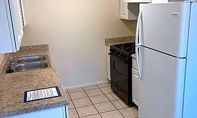 Kitchen, 12124 Menaul Blvd NE, 1