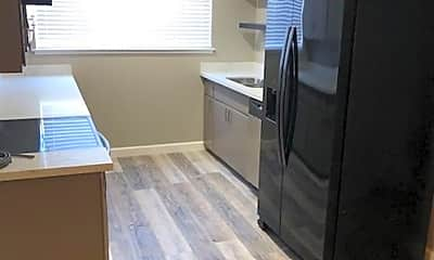 Kitchen, 1136 Francisco Ave, 1