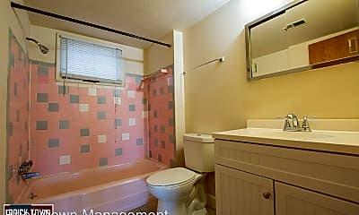 Bathroom, 4544 Nicholas St, 2