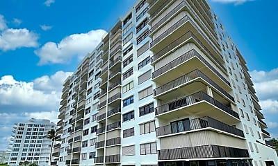Building, 10044 S Ocean Dr 405, 1