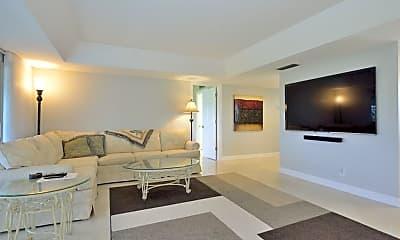 Living Room, 124 Penny Ln 778, 1
