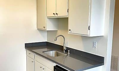 Kitchen, 725 Monterey Blvd, 1