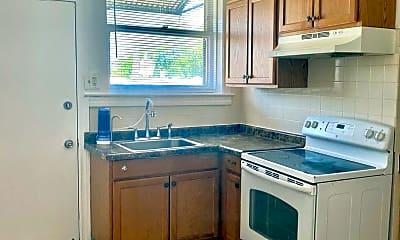 Kitchen, 5622 N Western Ave, 1