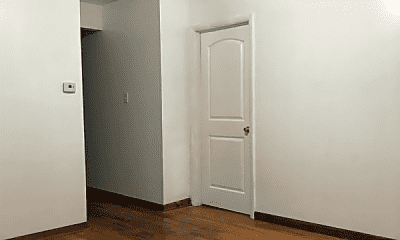Bedroom, 3400 S Lituanica Ave, 1