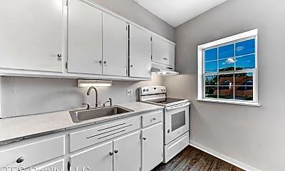 Kitchen, 605 E Howard St, 1