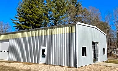 Building, 438 Lime Rock Rd, 2