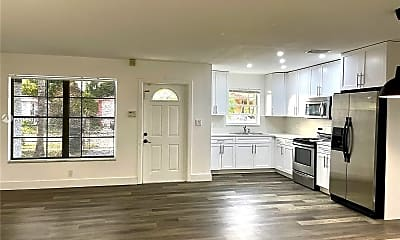 Living Room, 324 Sterling Ave, 1