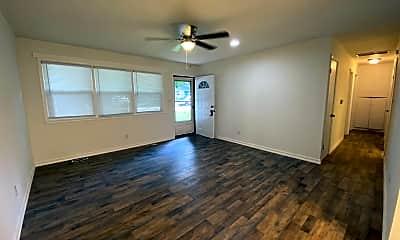Living Room, 2213 W Bodeb St, 1