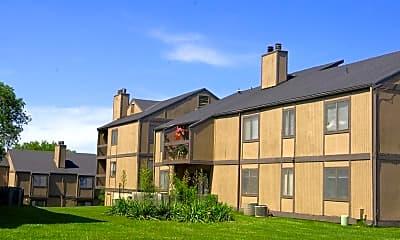 Building, Cascade Apartments, 1