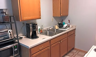 Kitchen, 1122 E Russell Ave, 0
