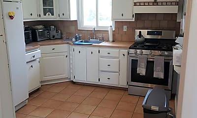 Kitchen, 782 Ringwood Ave, 2