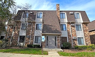Building, 229 W Ct of Shorewood 3A, 0